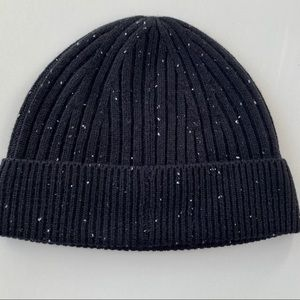 Saks Fifth Ave Speckled Ribbed Black Beanie *NWT*